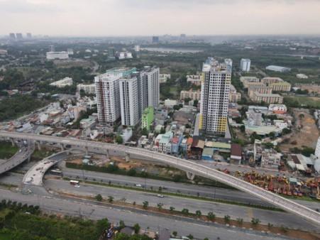 Bcons Miền Đông sở hữu vị trí vàng của những căn hộ, là điểm nối giữa Thành phố Hồ Chí Minh, Bình Dương và Đồng Nai